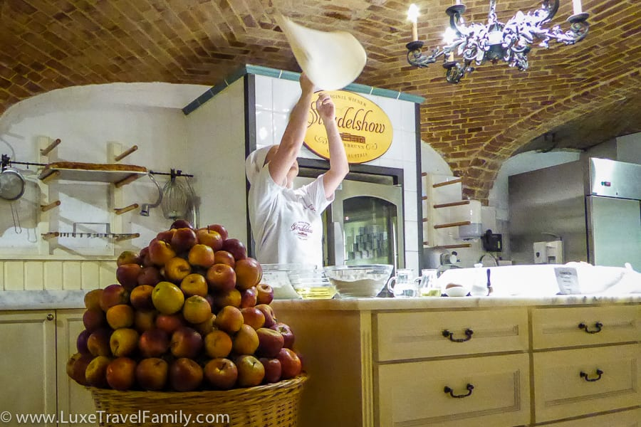 Things to do in Vienna with kids Apple Strudel Show