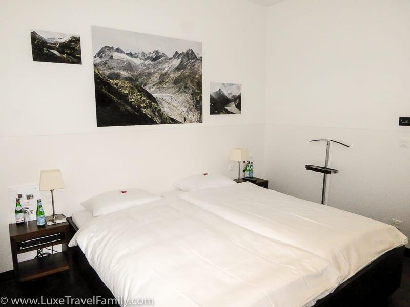 Swiss Arrivals Lounge in Zurich bedroom