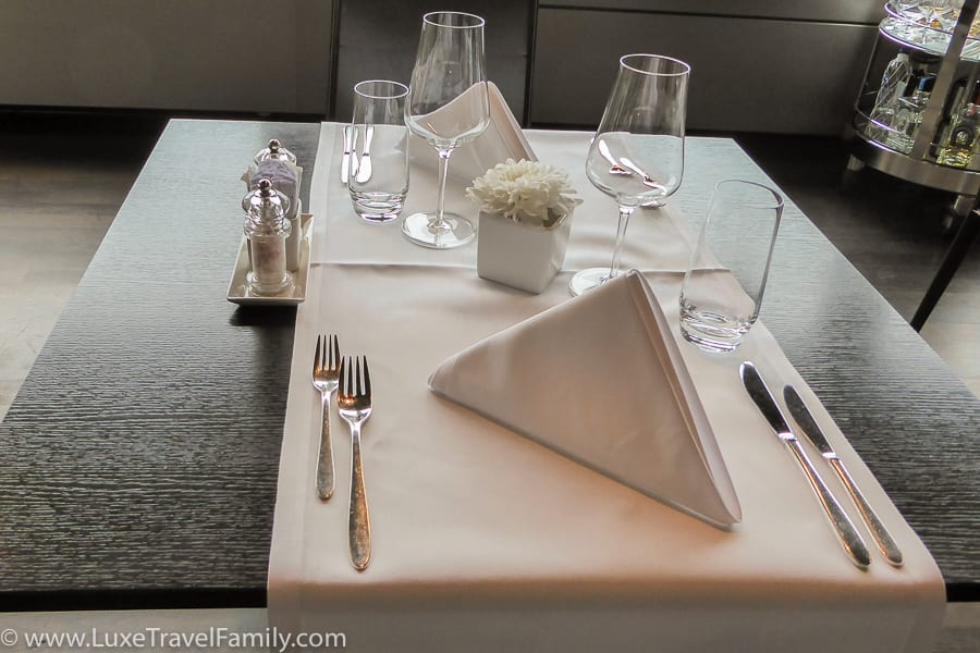 A table for two in the Swiss First Class Lounge in Zurich