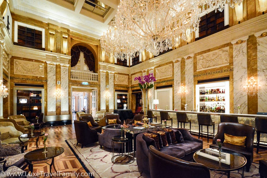1873 HalleNsalon at the Imperial Hotel in Vienna