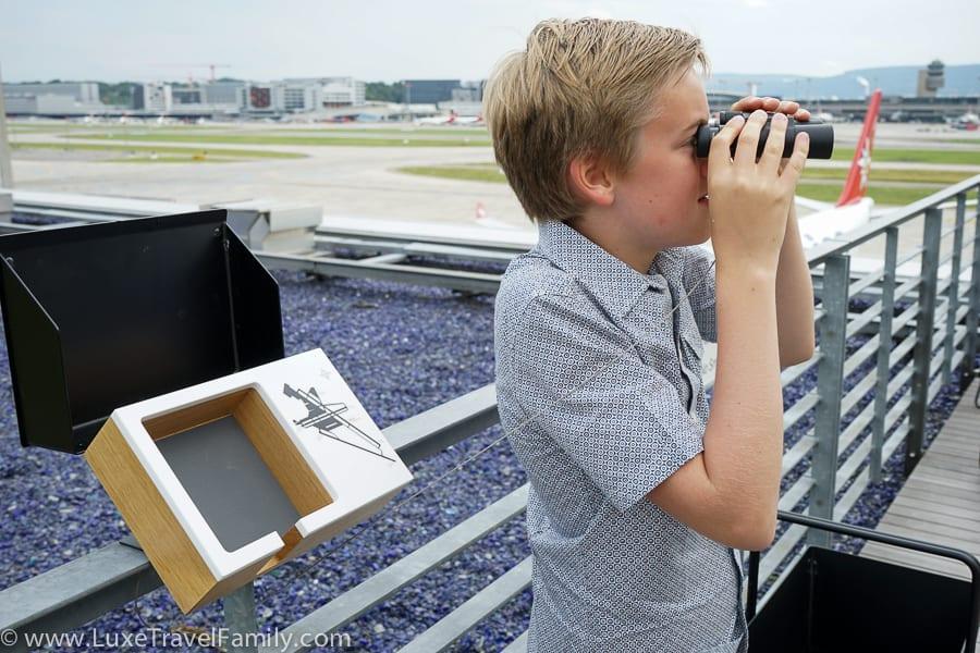 Plane spotting SWISS First Lounge E Zurich